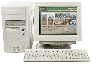 Old computer showing the first version of SCHEELS website